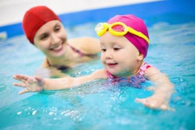 6 إرشادات تحمي الأطفال من حوادث الغرق