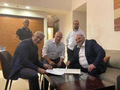 """""""القائمة العربية الموحدة"""" تكشف تفاصيل اتفاق دخولها الحكومة الإسرائيلية"""