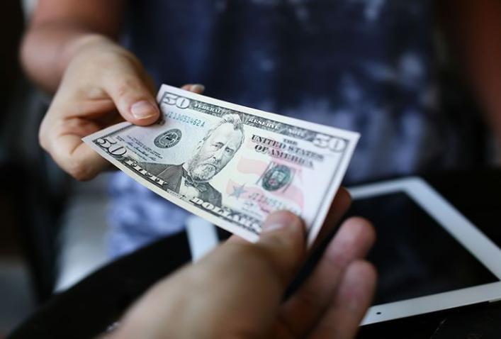 المساعدات النقدية.. نوع جديد من أنواع الإغاثات الإنسانية التي تقدم الرحمة العربية