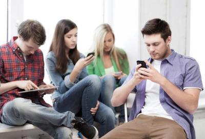 دراسة: 90% من الناس يرون أن التكنولوجيا دعمت العلاقات الاجتماعية خلال (كورونا)