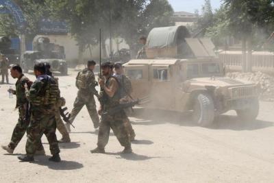 طاجيكستان تستعرض قوتها بمناورة على حدود أفغانستان