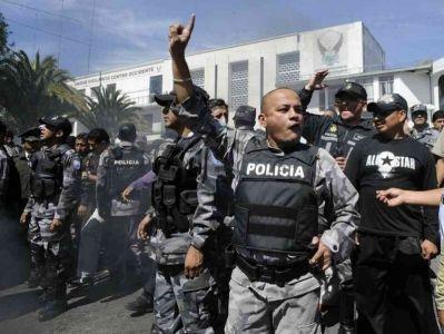 بعد أعمال شغب أودت بـ22 شخصاً.. الإكوادور تعلن الطوارئ في سجون البلاد