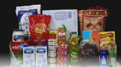 """""""حملة سلة غذائية لكل عائلة"""" تبدأ توزيع الطرود الغذائية في 10 دول"""