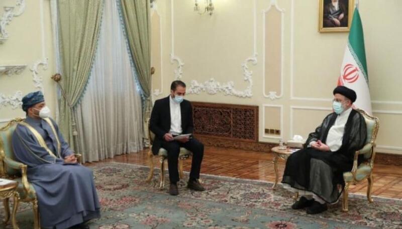 وسط تحشيد دولي ضد إيران.. رئيسي يستقبل وزير خارجية عُمان