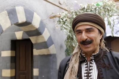 """رشيد عساف: بعض الفنانات يظهرن مفاتنهن من أجل الإعجابات.. """"يا عيب الشوم"""""""