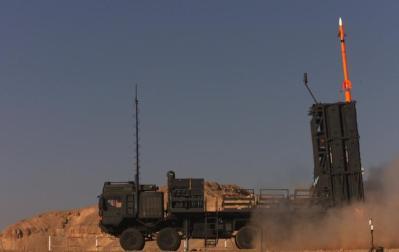 التشيك تبرم صفقة لشراء منظومة دفاع إسرائيلية (فيديو)