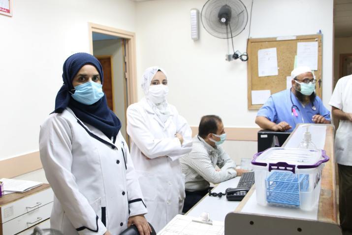 صحة غزة: 12 حالة وفاة وأكثر من 1700 إصابة جديدة بـ (كورونا)