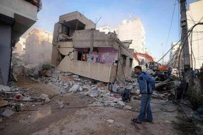 السراج: تأخر إعمار البنى التحتية بغزة ينذر بانهيارات أرضية
