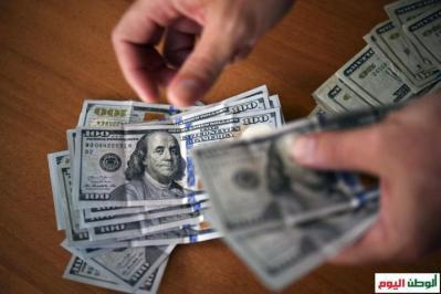 الوطن اليوم تقدم مساعدات مالية بقيمة (100) دولار لكل عائلة