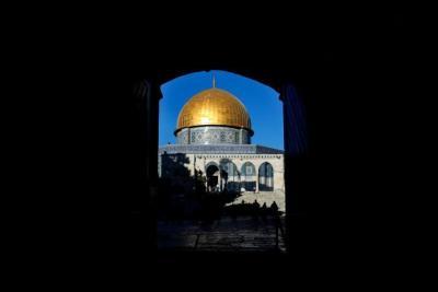 """صحيفة: حماس وجهت تحذيرًا لـ""""إسرائيل"""" بتفجير الأوضاع من جديد بسبب الأقصى"""