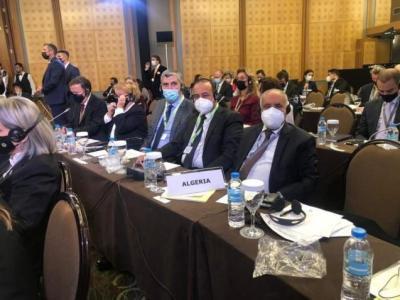 وفد الجزائر في مؤتمر دولي يطالب بتغيير مكانه بالقاعة.. اعرف السبب؟