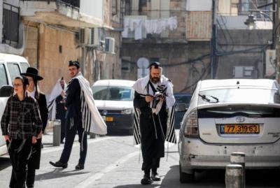 القلق من متحور دلتا الجديد يتصدر عناوين الصحف العبرية اليوم