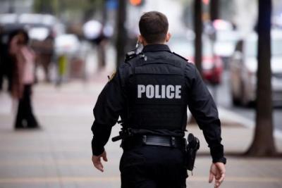 شرطي أمريكي يقتل 3 أشخاص في اعتداء مسلح بولاية أركنساس