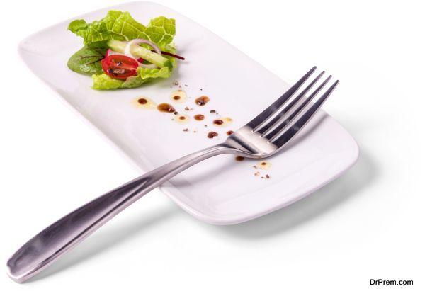Vegetarian Southwest Pasta Salad with Chipotle-Lime Greek Yogurt Dressing