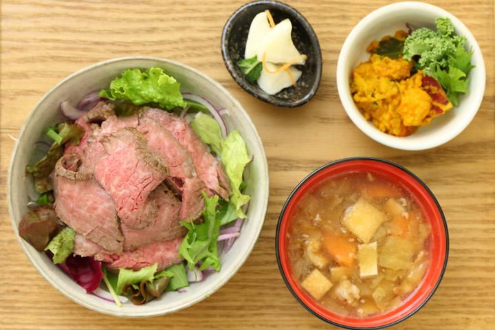お歳暮はビールと一緒に味わって決める! 新宿で三越伊勢丹ギフトカフェが11月12日まで