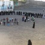 نساء سنحان ترفد جبهات القتال بقافلة غذائية في ذكرى المولد النبوي