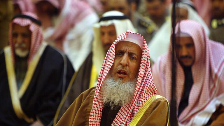 مفتي السعودية: جماعة الإخوان المسلمين لا تمت للإسلام بصلة وضالة فقد استباحوا الدماء وانتهكوا الأعراض