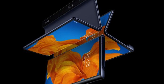 Huawei's new foldable phone giant Huawei Mate V flips the scales with cutting-edge technology and amazing cameras
