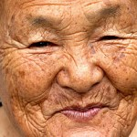 Imagen de: http://www.lapatilla.com/site/2011/09/13/hay-casi-50-000-japoneses-mayores-de-100-anos/
