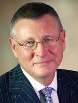 Dennis Gillings, enviado o embajador del Consejo Mundial de Demencia que creó el G8.