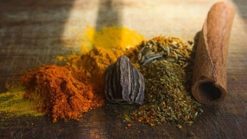 Alimentos y memoria - curry-76655_640