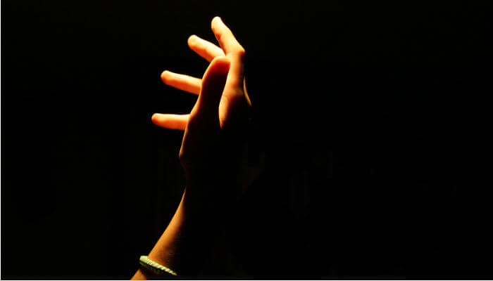 Más Allá De La Oscuridad #CuidandoEnPositivo