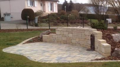 Terrasse avec éclairage et fontaine, Epinal