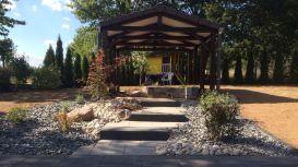 Aménagement paysager autour d'une terrasse couverte, Epinal