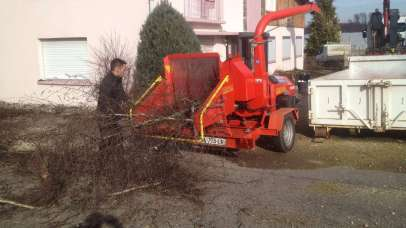Broyage des branches après élagage, Epinal
