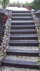 Escalier blocs marches bois et pavés, Epinal