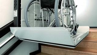acces_handicap_Plate_forme_V64_escalier_immeuble