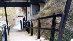monte_escaliers_noir