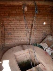 Puit pour alimentation en eau sanitaires écoles