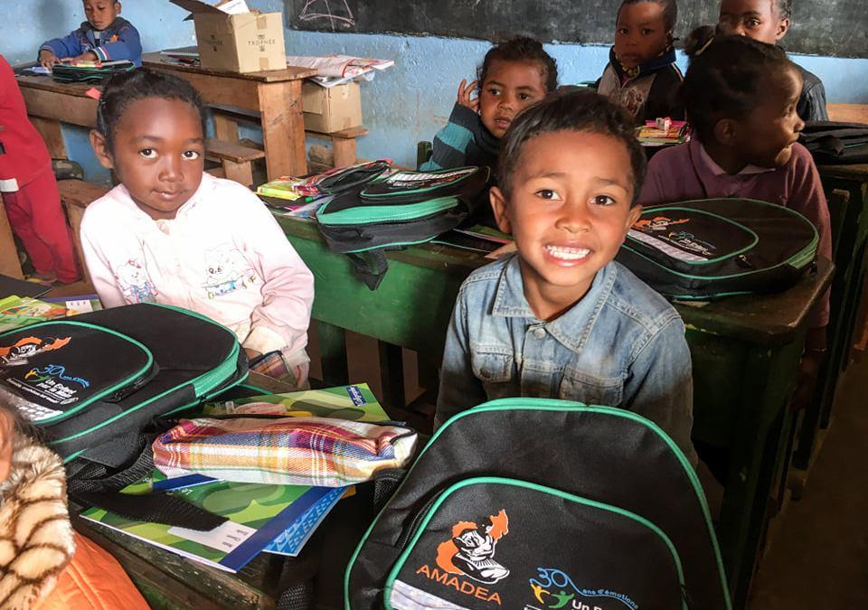 Une 3e campagne de distribution pour les kits scolaires