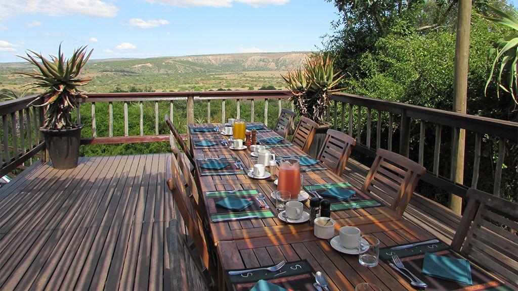 Woodbury Lodge Dining Table