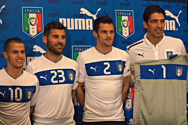 italia-puma-giovinco-nocerino-maggio-buffon-euro-2012