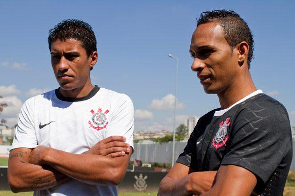 Corinthians-Nike-Home-Away-Jersey-PaulinoeLiedson