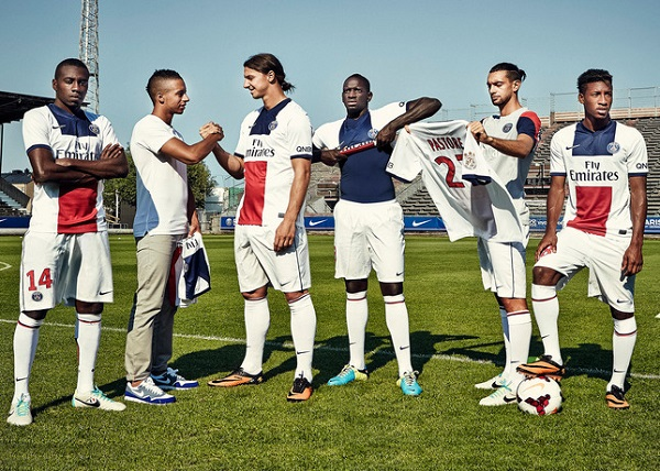paris-saint-germain-2013-2014-maglia-bianca-away-nike