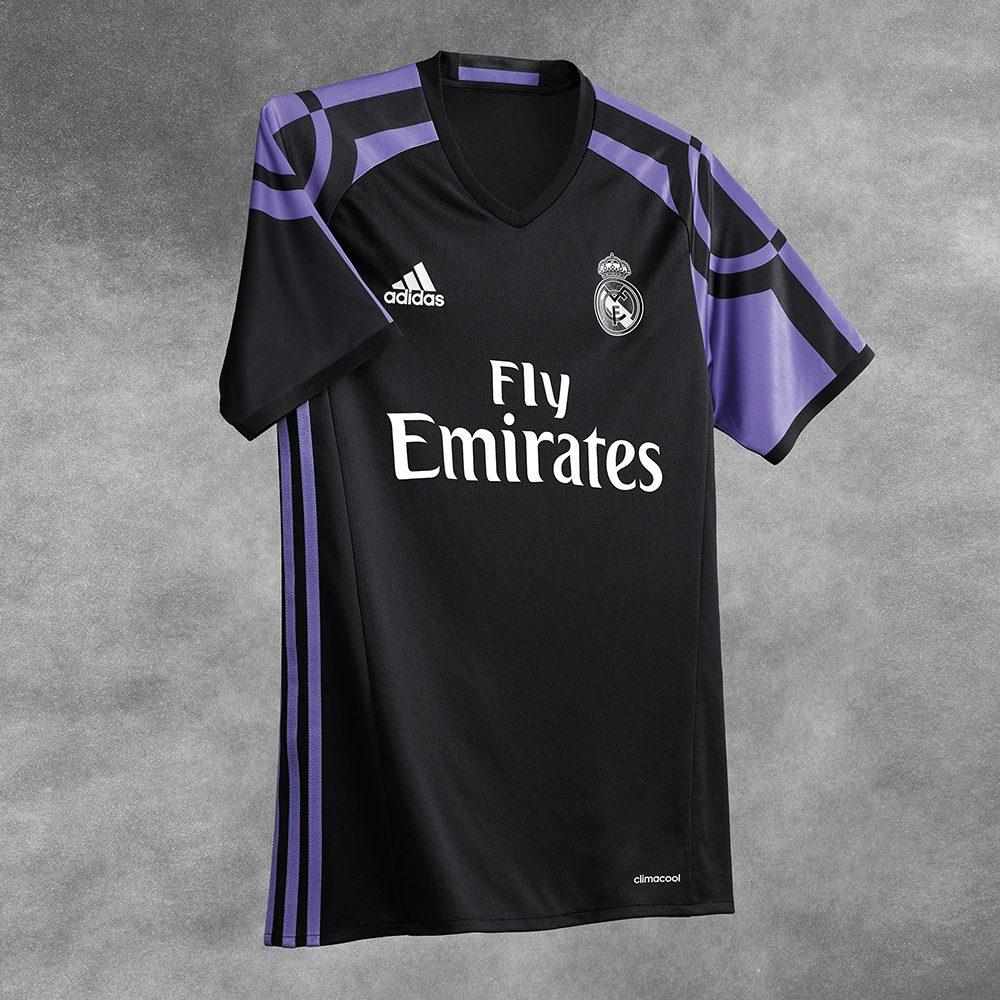 Seconda Maglia Real Madrid modello
