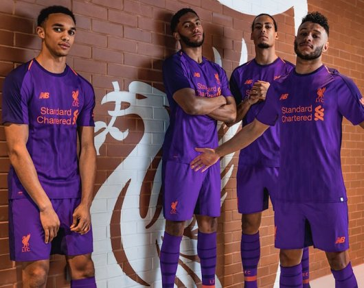 Liverpool away kit 2018-2019