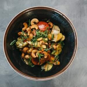 Amami Sushi Veg Cashew Nuts