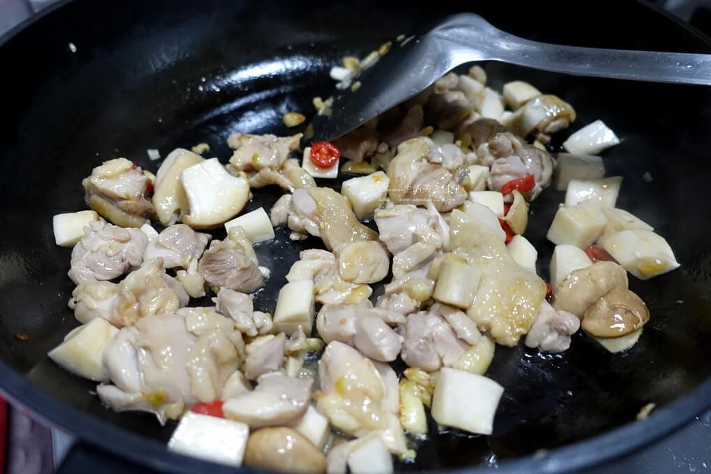 燴飯,蠔油,豆腐,豆腐 雞肉,豆腐燒雞,豆腐雞胸肉,雞肉,雞肉 豆腐,雞肉豆腐料理,雞肉豆腐煲