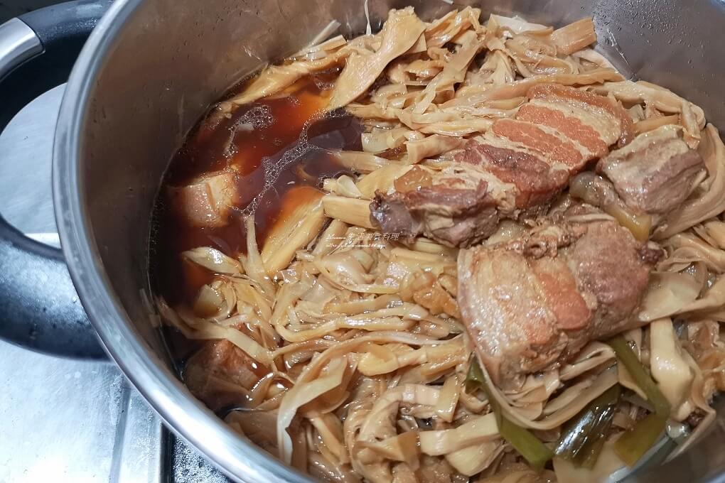 不油炸,五花肉,扣肉,控肉,減油,滷肉,焦香,筍絲,酸筍