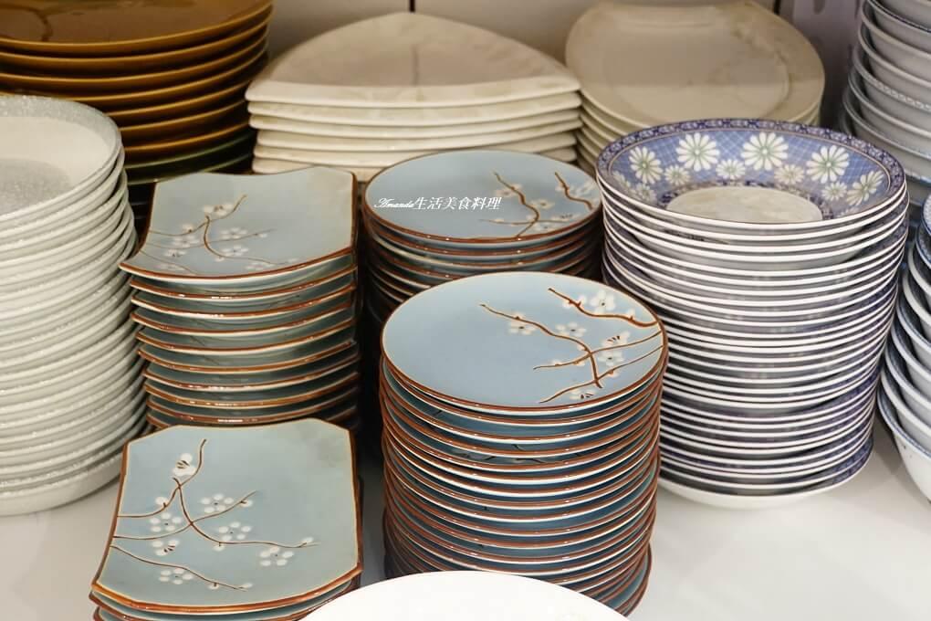 僑俐瓷器,器皿,平價餐具,彰化,彰化餐具,日本優質餐具,日本商品,日本鍋具,木盤,木餐具,鍋具,陶瓷牆,餐具