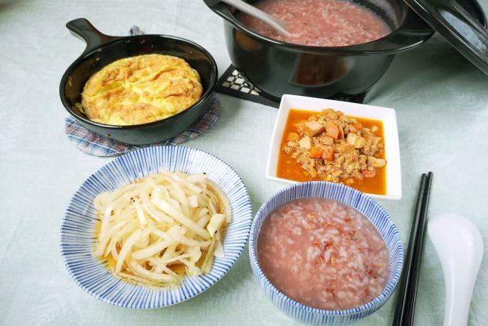 Amanda料理,不傷胃粽子,南部粽,有機米,梗米,氣炸鍋食譜,水煮粽,無毒米,胭脂稻,胭脂米,花蓮米,雞排,食譜懶人包