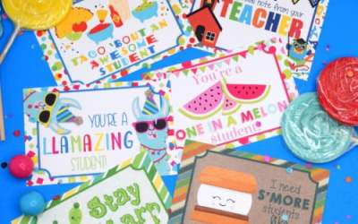 Say Hi to Students With Cute Teacher Postcards