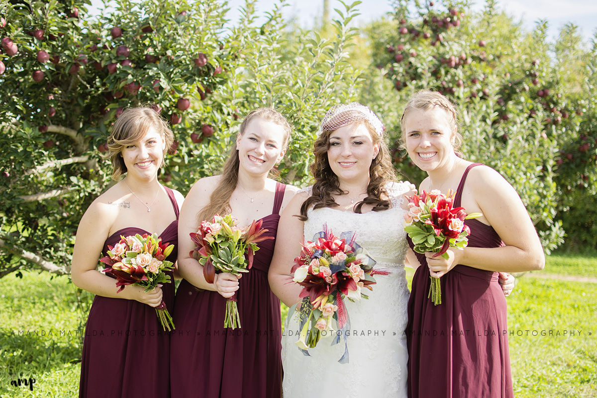 Bride & Bridesmaids | Grand Junction Fall Wedding Photographer