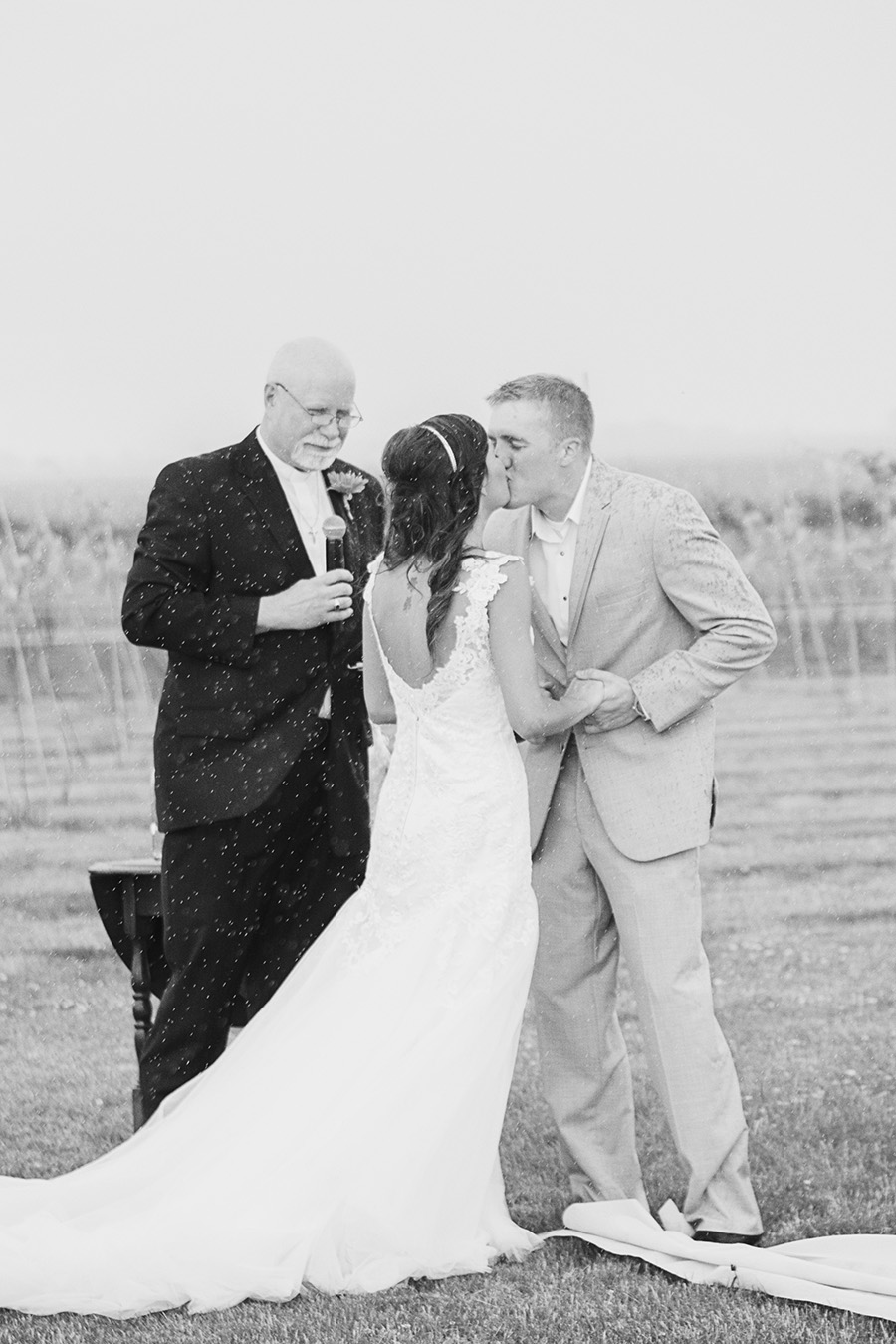 Rainy wedding day | Palisade Winery Wedding Photographer