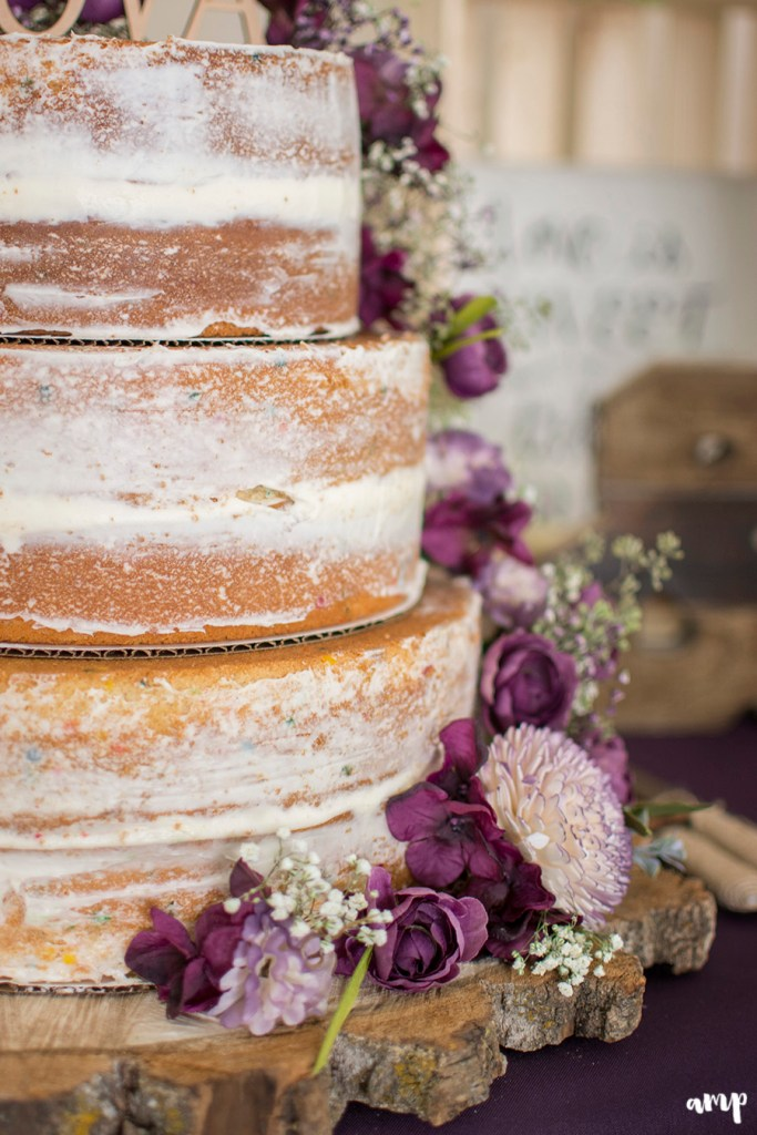naked wedding cake for autumn | Palisade Wedding by amanda.matilda.photography