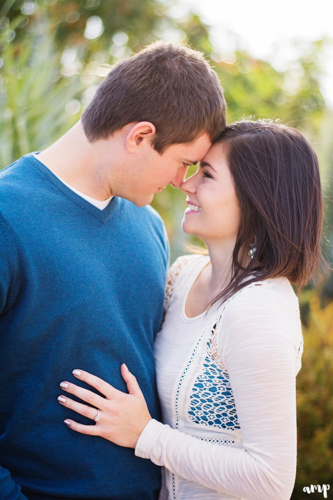 Intimate engagement photos | Grand Junction engagement photographer | amanda.matilda.photography